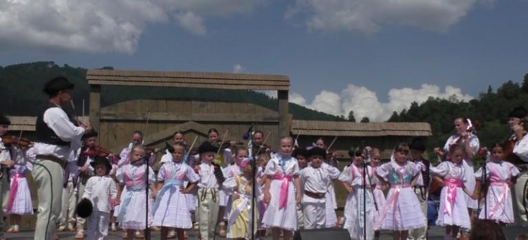 Detský folklórny súbor Terchovček